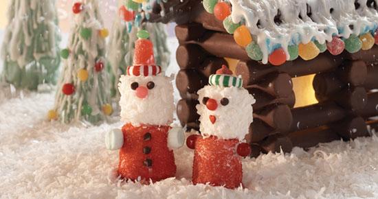 Marshmallow Santas Candiquik